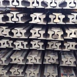 国标轨道钢_优质轨道钢_轨道_矿工轨道钢图片